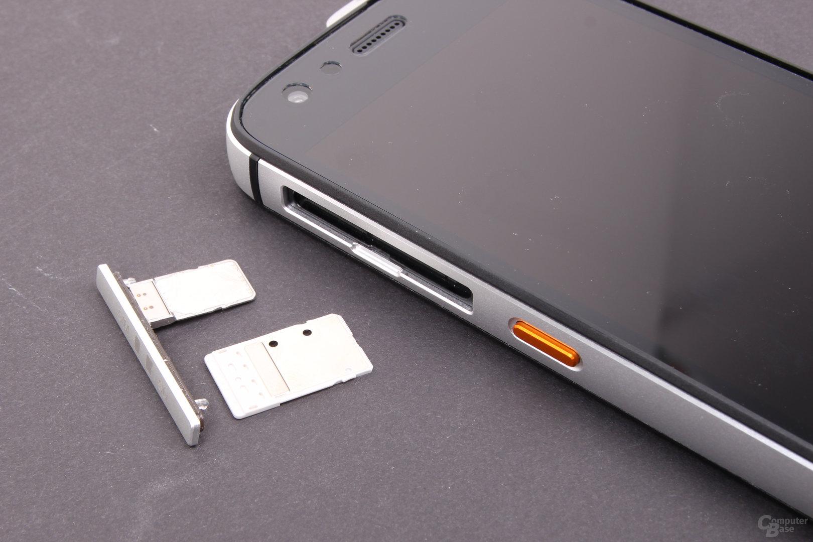 Cat S61 – SIM und microSD-Karte