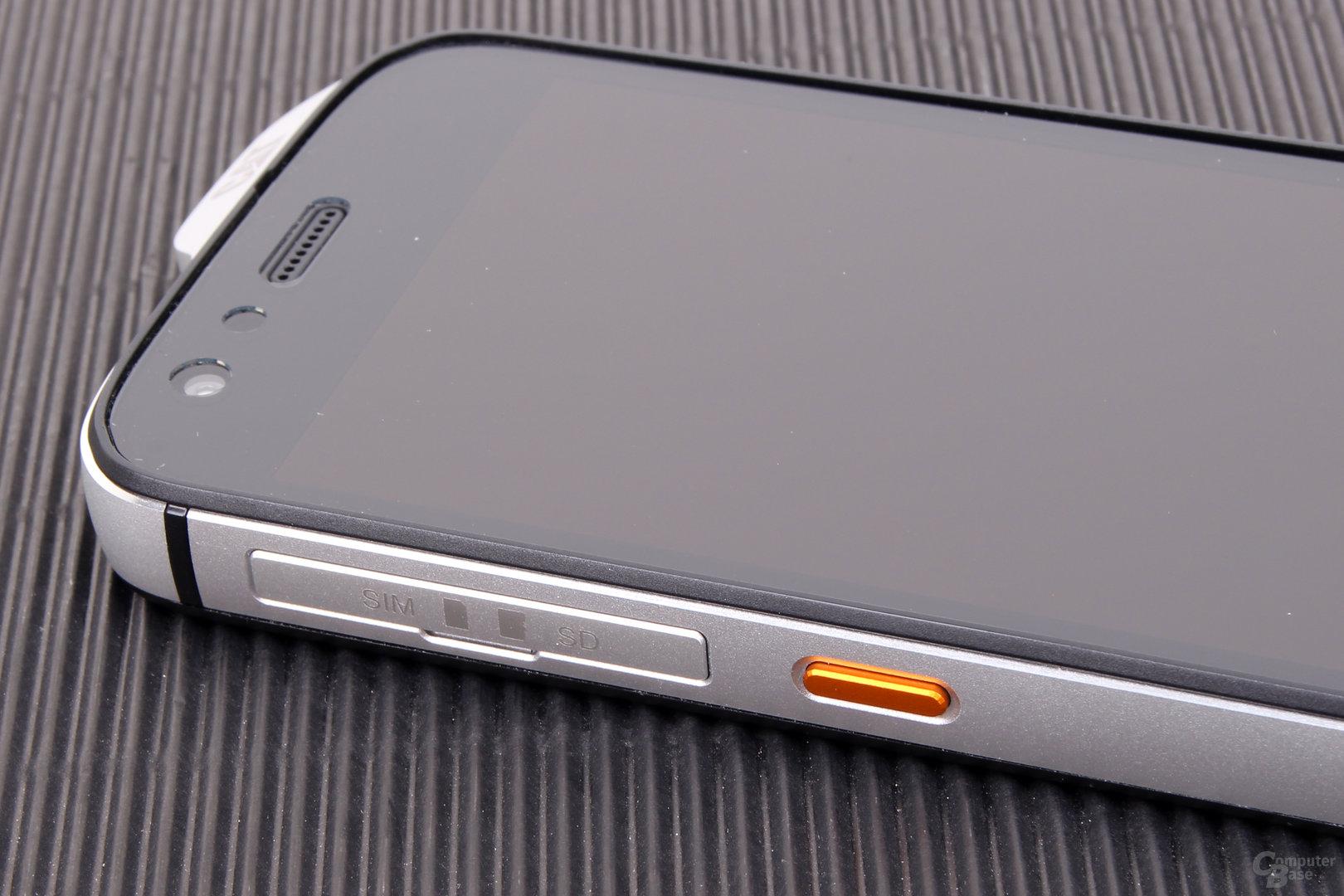 Cat S61 – Programmiere Taste und SIM- und microSD-Karte