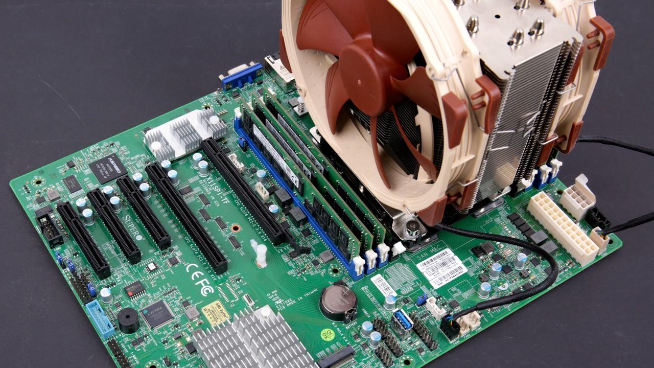 High-End-CPUs im Test: 28 Kerne von Intel gegen 32 Kerne von AMD