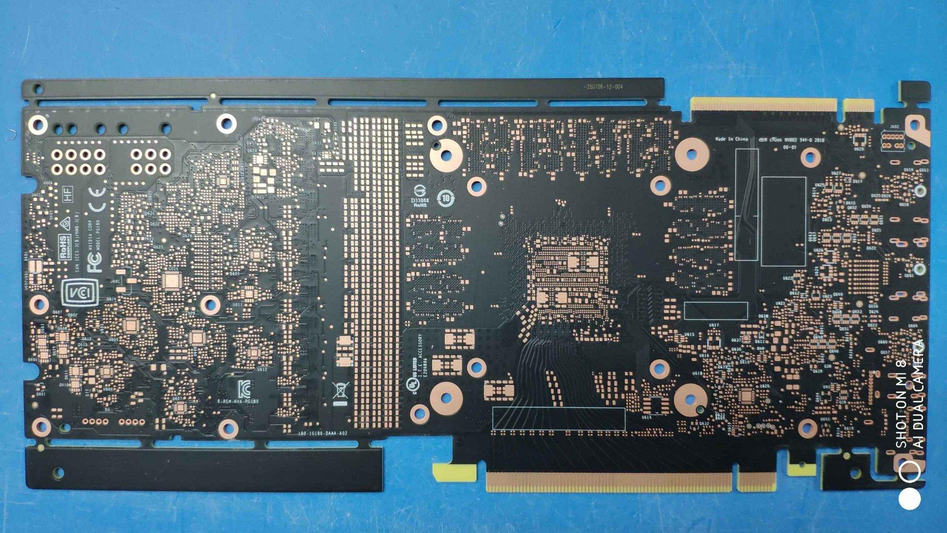 Mögliches PCB einer Turing-Grafikkarte von Nvidia