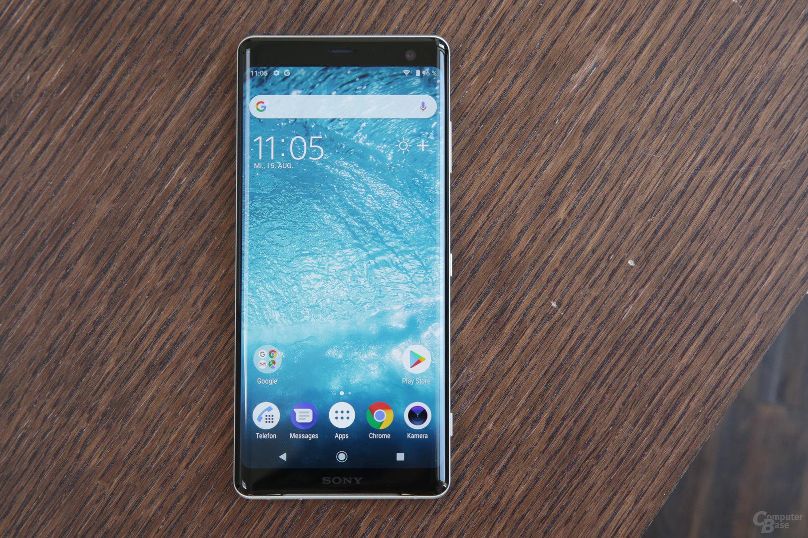 Von vorne betrachtet ähnelt das Smartphone dem Pixel 2 XL