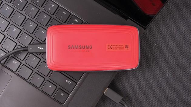 Samsung Portable SSD X5 im Test: Externe NVMe-SSD mit TB3-Turbo im Sportwagen-Design