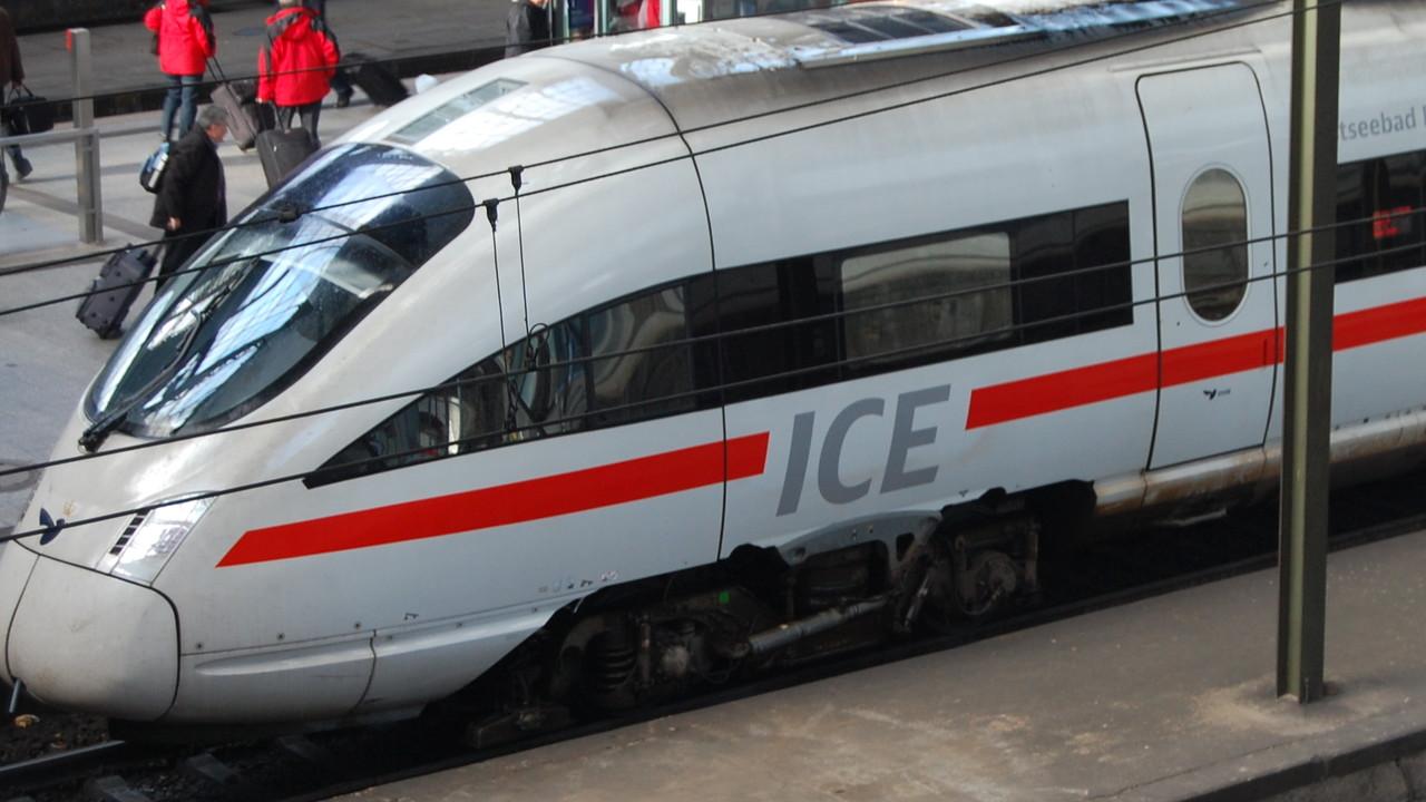 Deutsche Bahn: Glasfaser aus Gleisschächten für den 5G-Ausbau