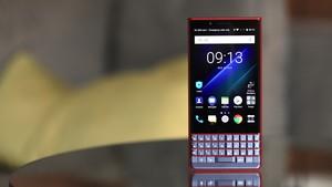 BlackBerry Key2 LE: Tastatur-Smartphone Lite für 399 Euro kann Dual-App