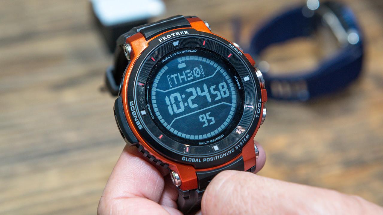 Casio Pro Trek WSD-F30: Navigations-Smartwatch nach Militärstandard