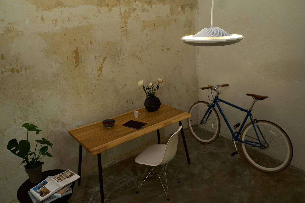 Model F – Indirect Light Workspace