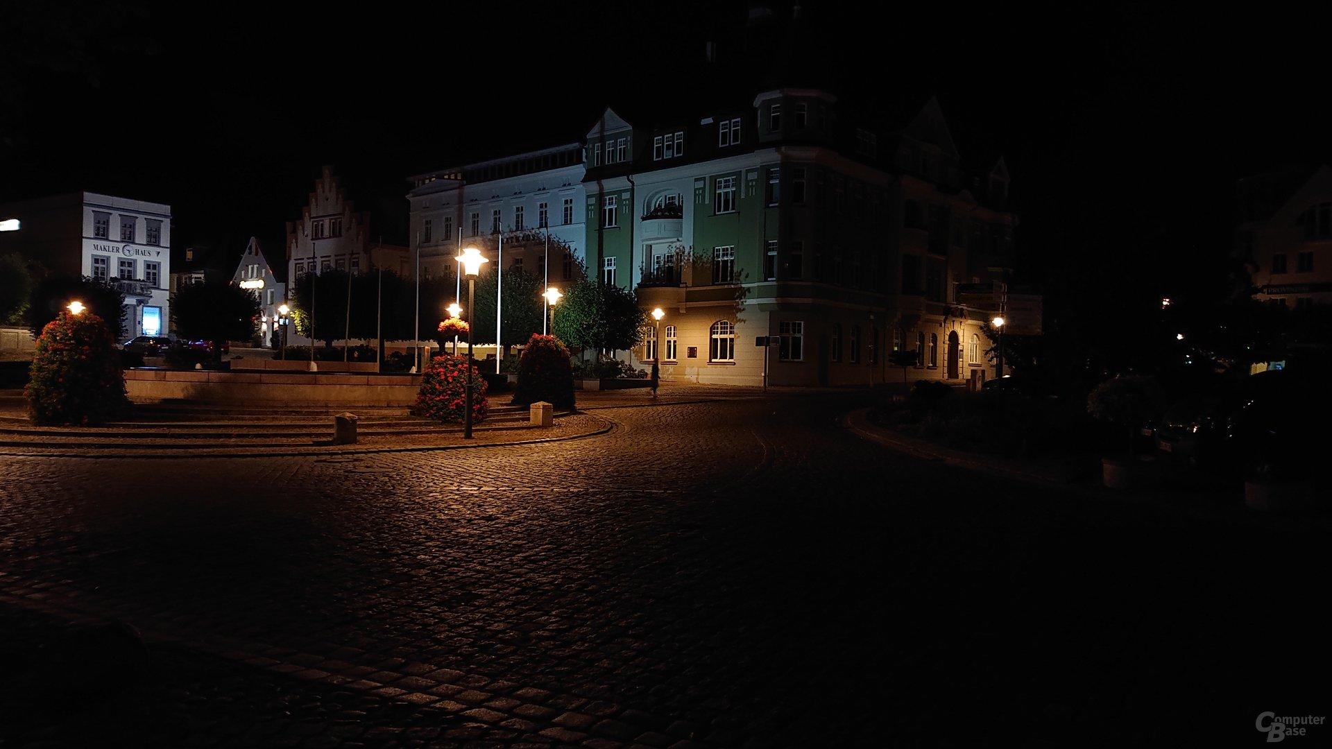 Nachtaufnahme, Hauptlinse, ISO 400