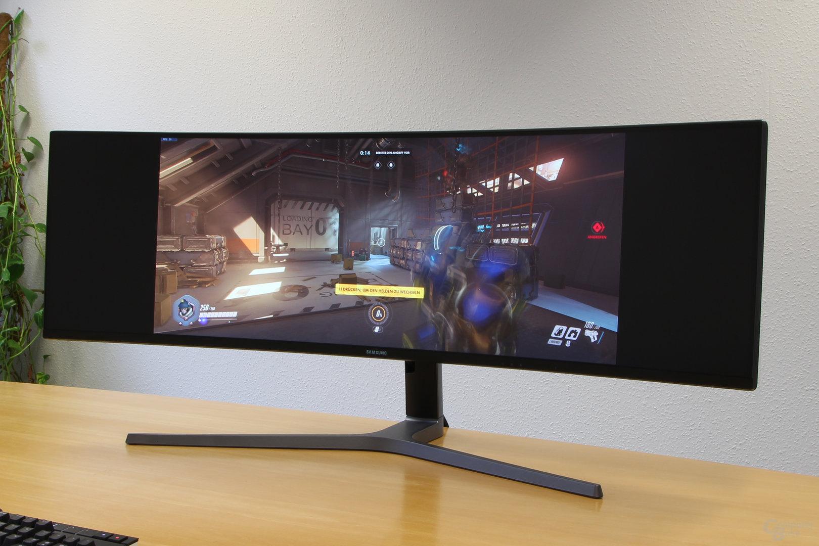 Samsung C49HG90 – Overwatch kann mit 32:9 nichts anfangen