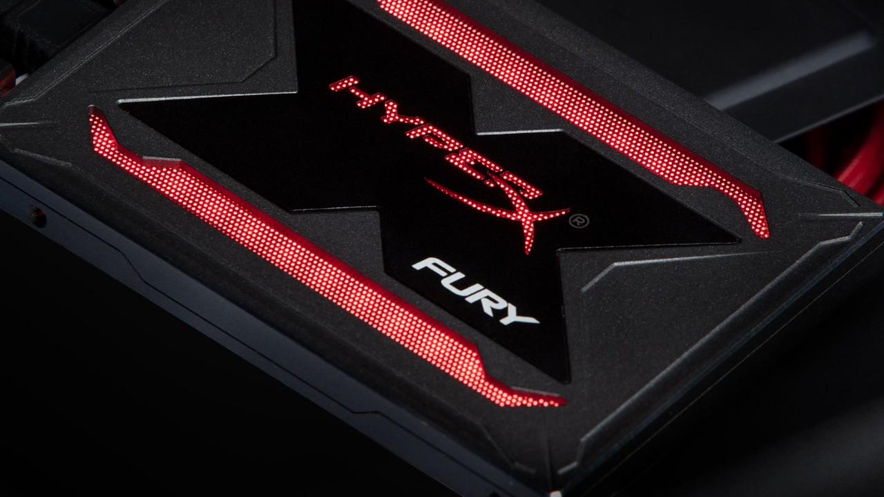 Kingston HyperX Fury RGB: LED-Beleuchtung lässt die SSD ordentlich schwitzen