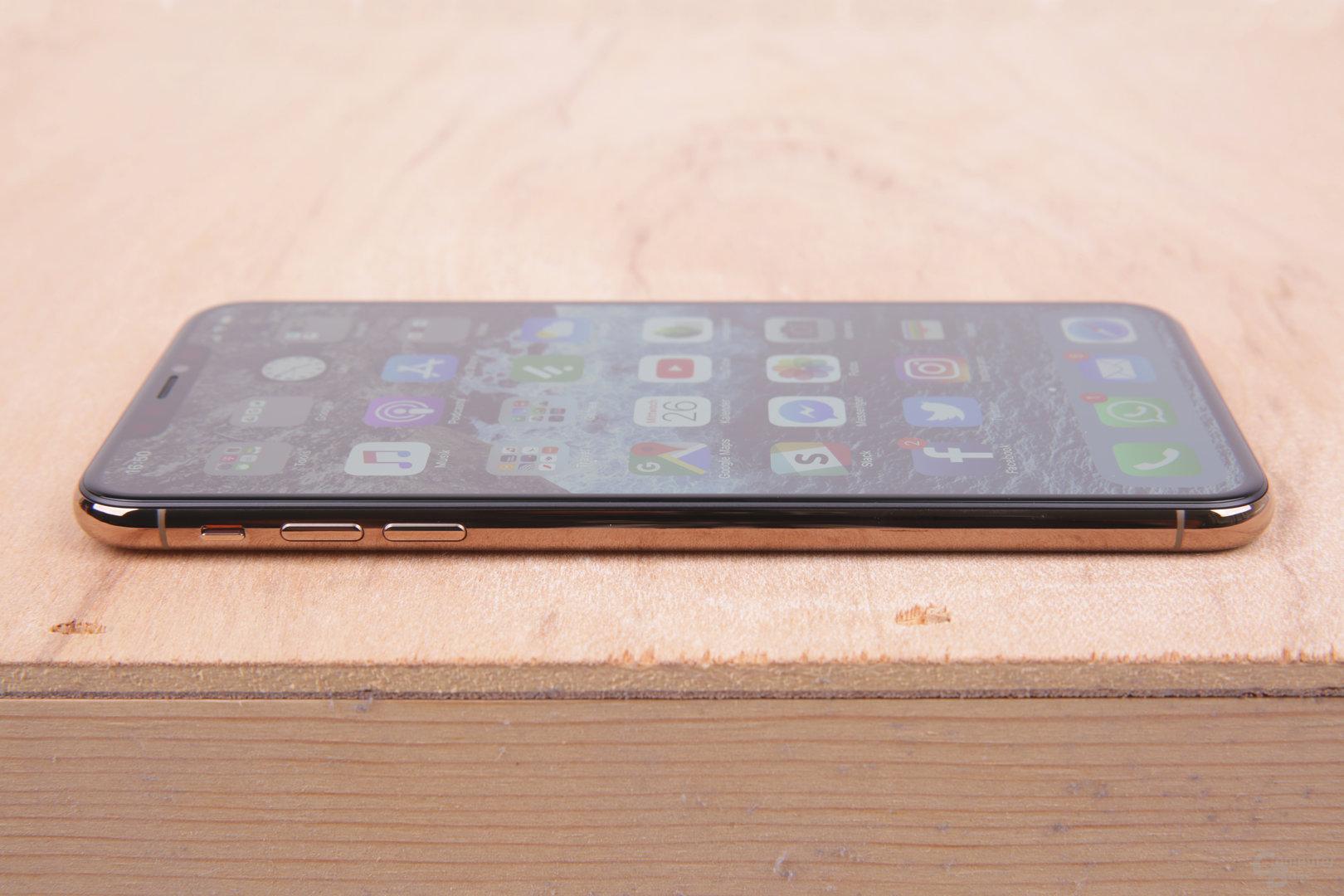 Seitenansicht des iPhone Xs Max