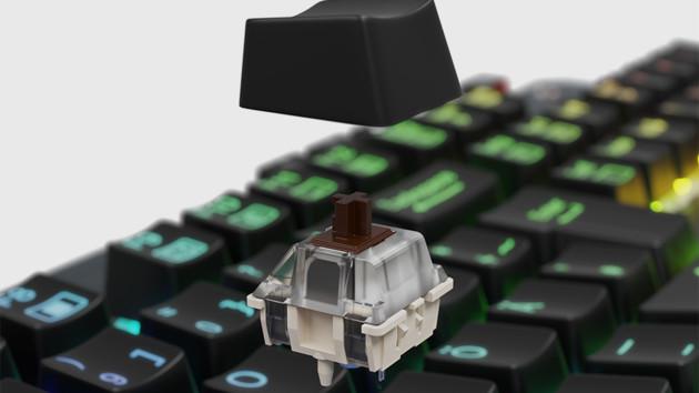 Lioncast LK300 Pro: Tastatur setzt Makro-Tasten an die Oberseite
