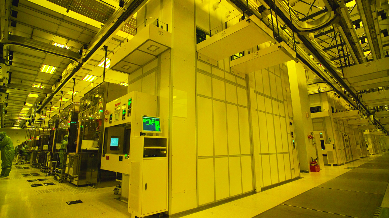 Halbleiterfertigung: TSMC feiert tape-out des ersten EUV-Chips