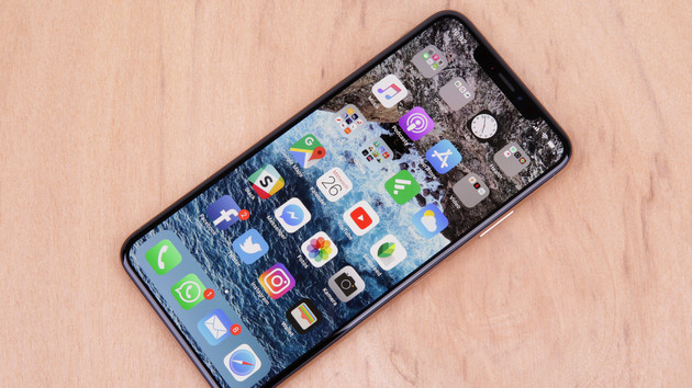 iOS 12.0.1: Apple behebt Lade-Probleme beim iPhone (Xs) über Lightning