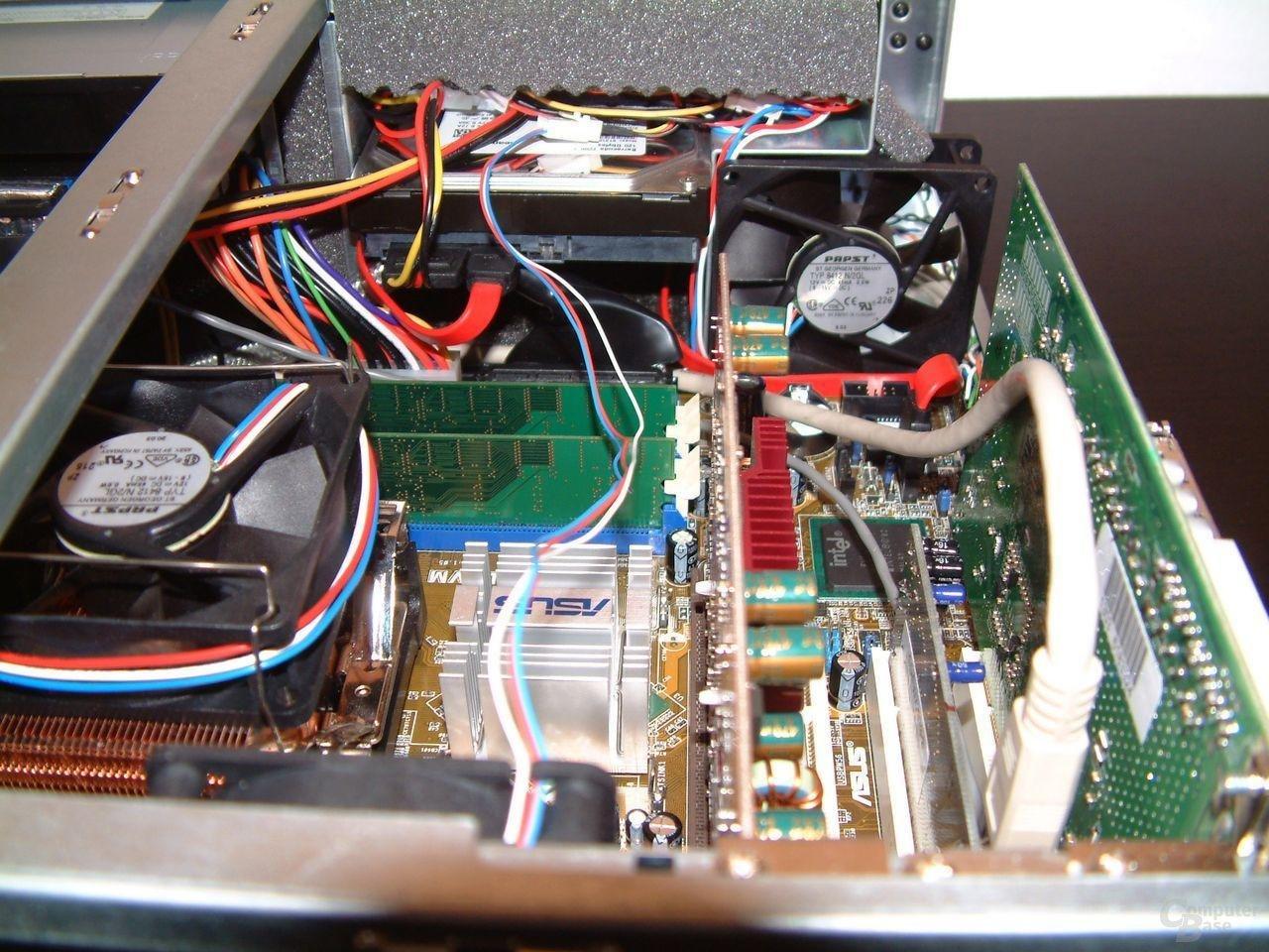 SILENTstar mit Pentium 4 geöffnet