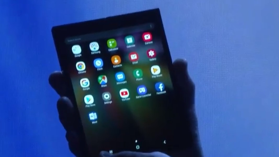 Samsung: Faltbares Smartphone ist aufgeklappt ein 7,3-Zoll-Tablet
