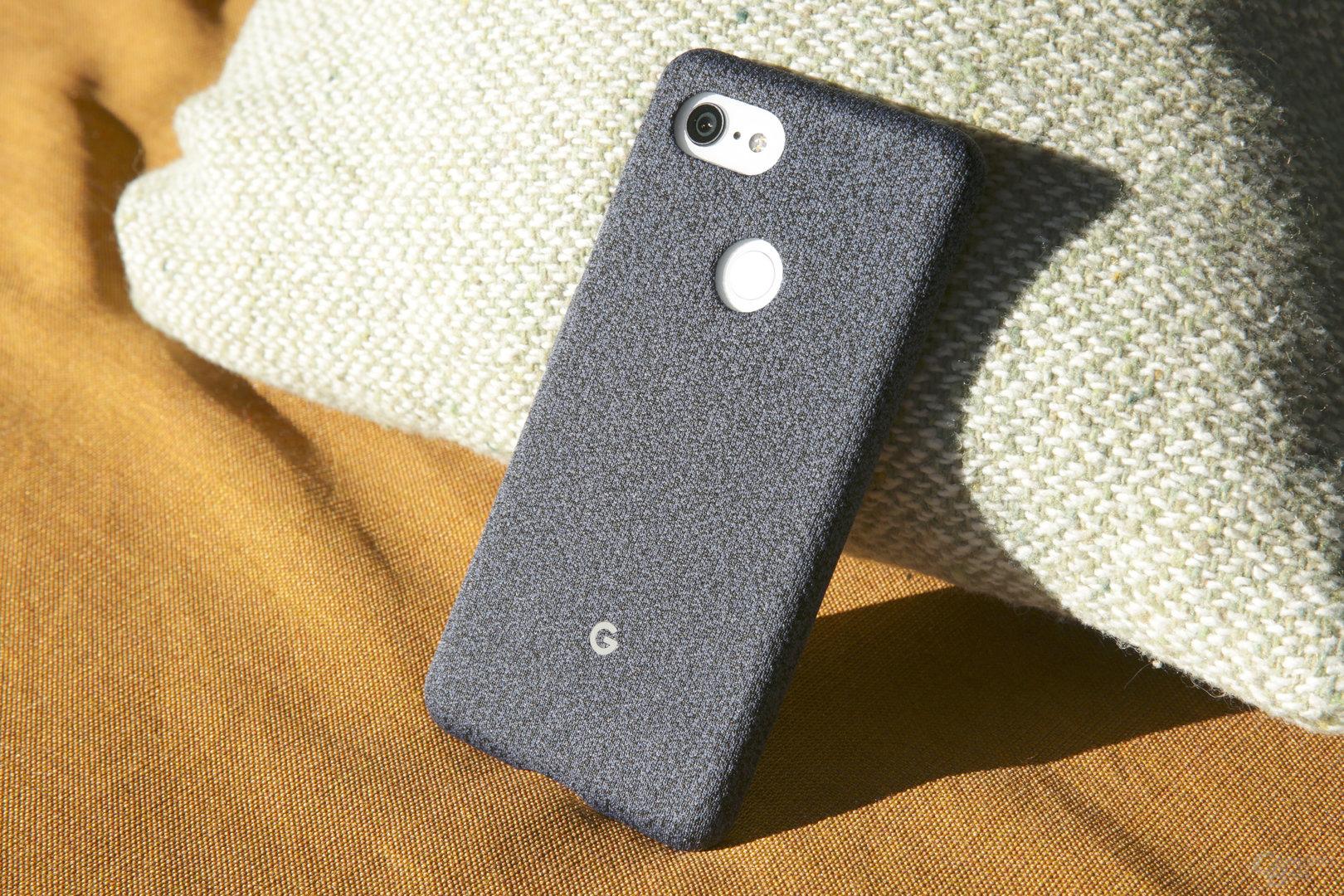 Googles offizielle Stoff-Hülle für das Pixel 3 XL