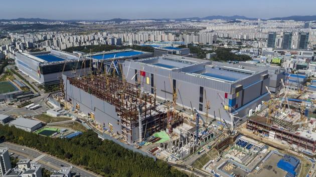 Foundry: Samsung startet Produktion von 7-nm-Chips mit EUV
