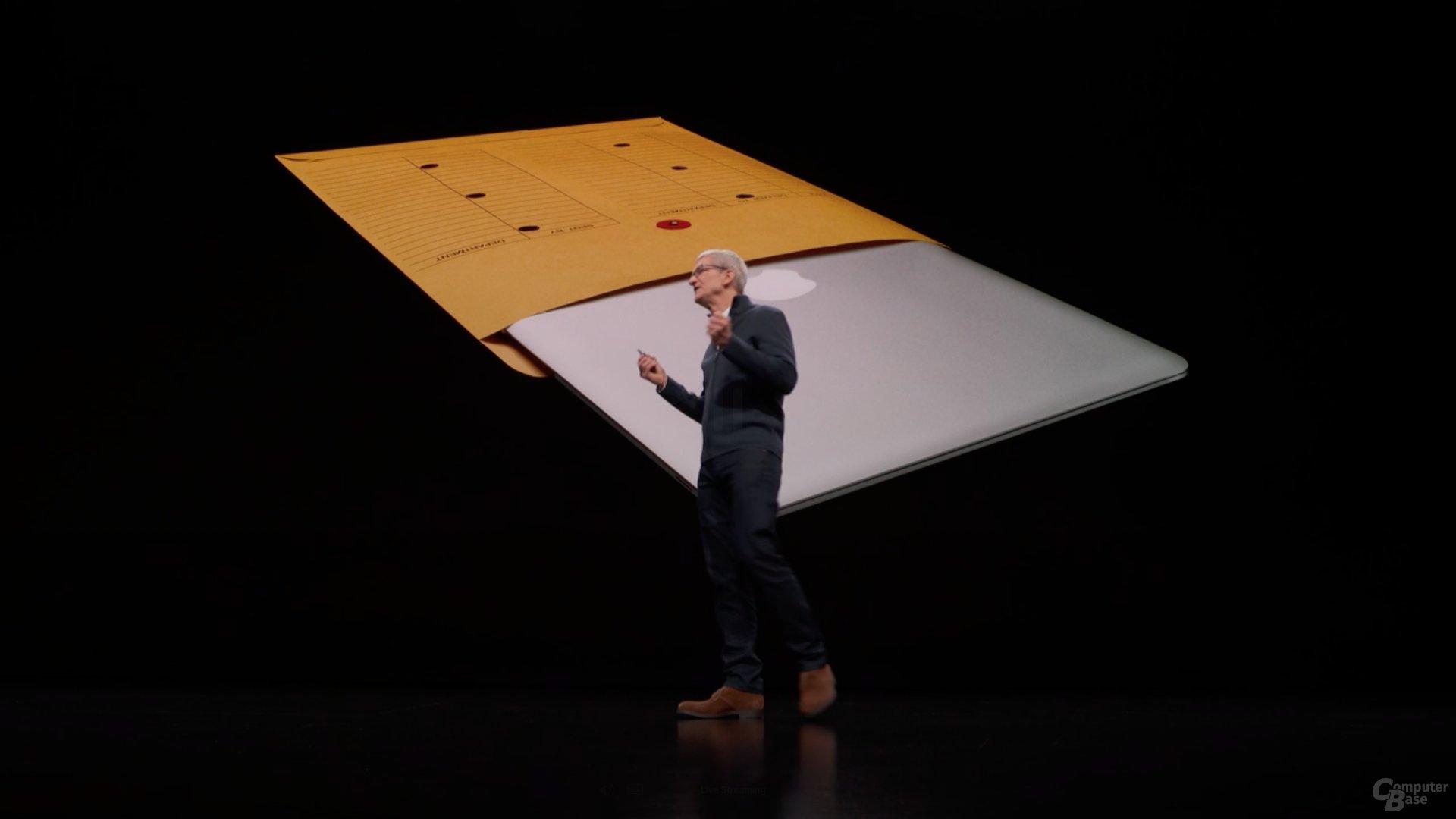Vor über zehn Jahren zog Steve Jobs das MacBook Air aus einer Versandtasche