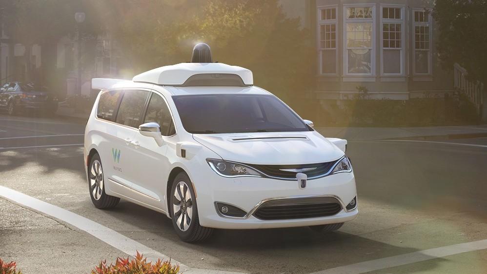 Autonomes Fahren: Waymo darf ohne Testfahrer im Silicon Valley fahren