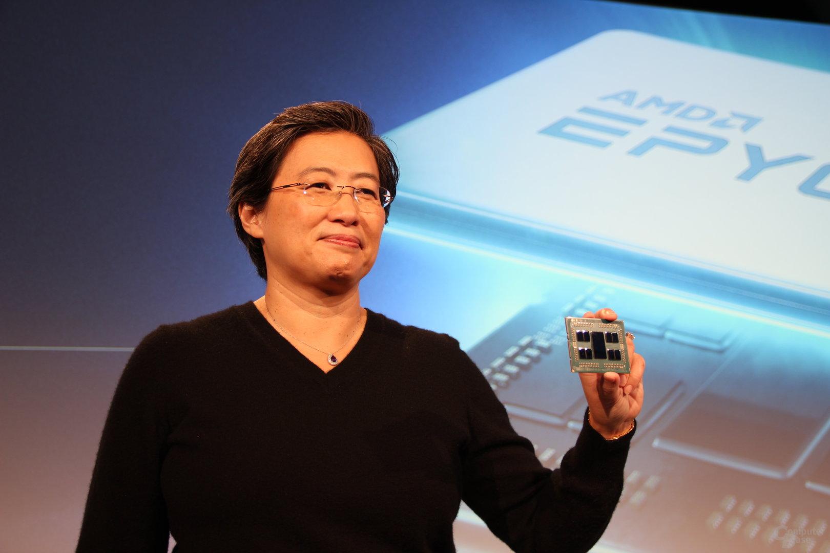 AMD-CEO Lisa Su mit Rome