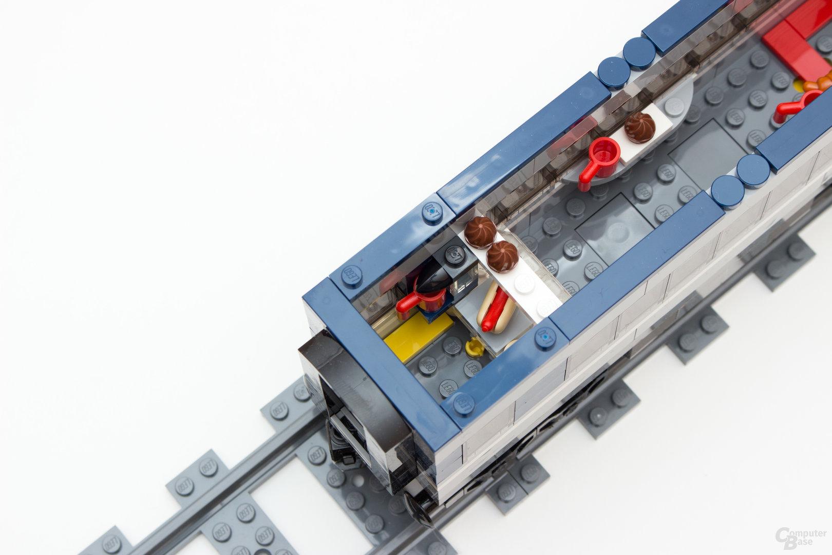 Der Speisewagen des neuen Personenzuges 60197