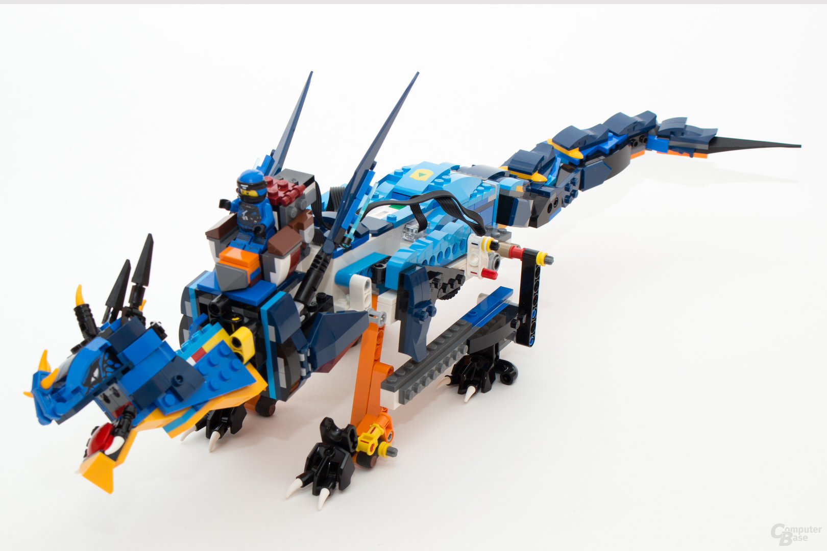 Der Ninjago Blitzdrache (70652) noch ohne Boost