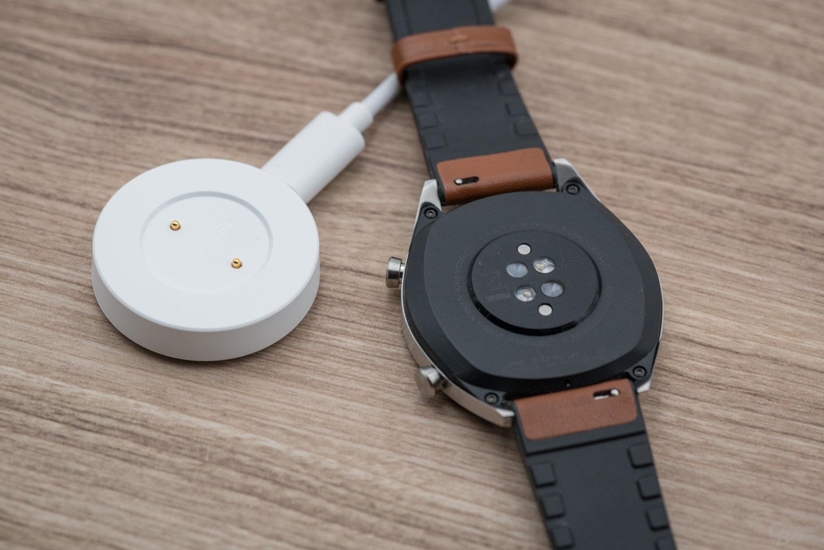 Huawei Watch GT: Lade-Dock