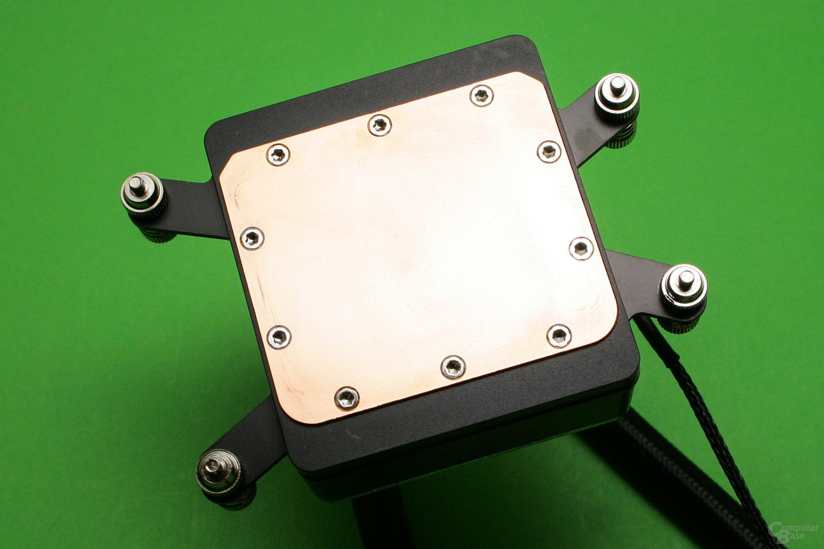 Enermax Liqtech 240 TR4: Der Kühler bedeckt Threadripper-Prozessoren vollständig