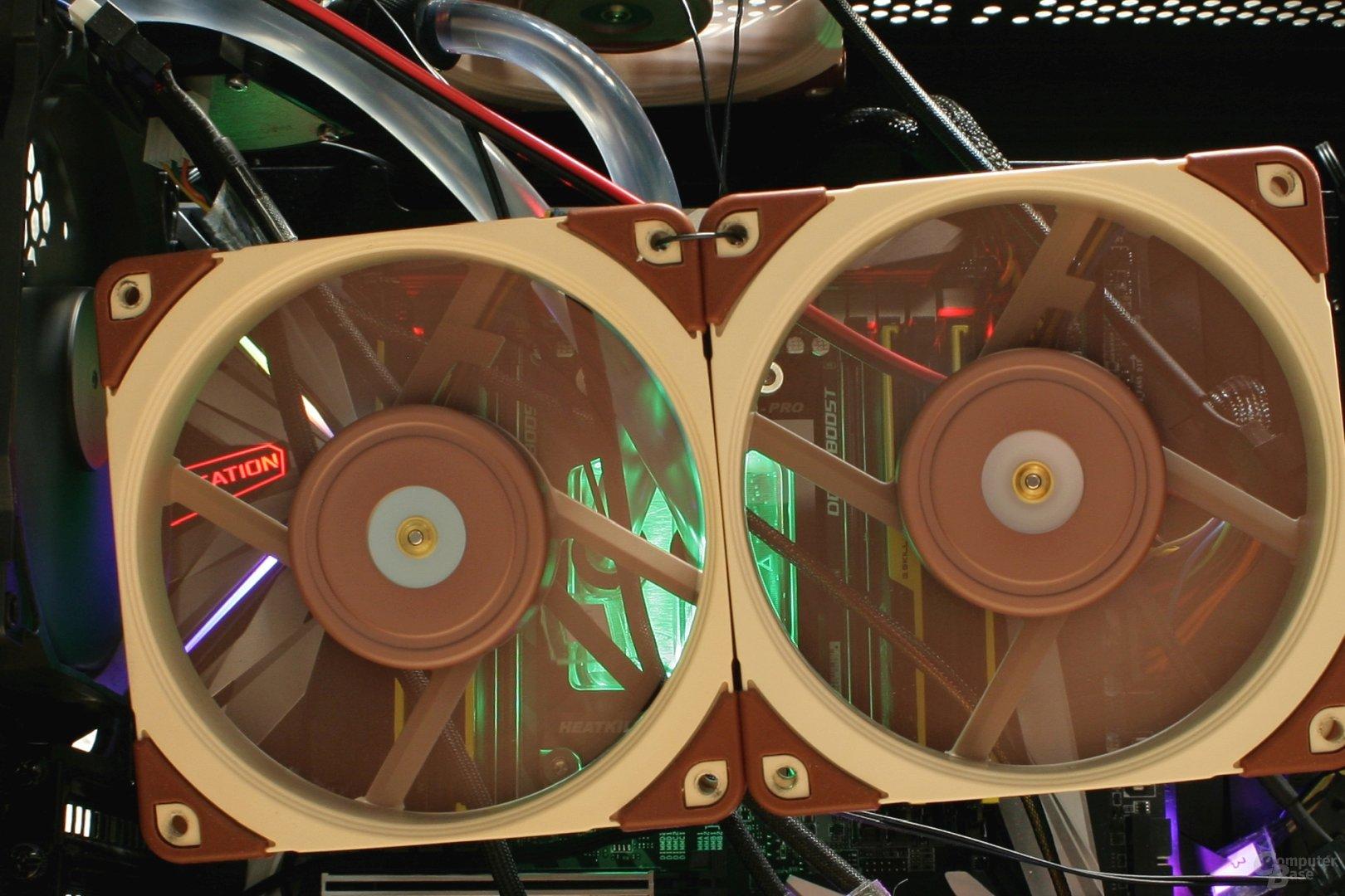 Testsystem im Durchlauf bei 4 GHz