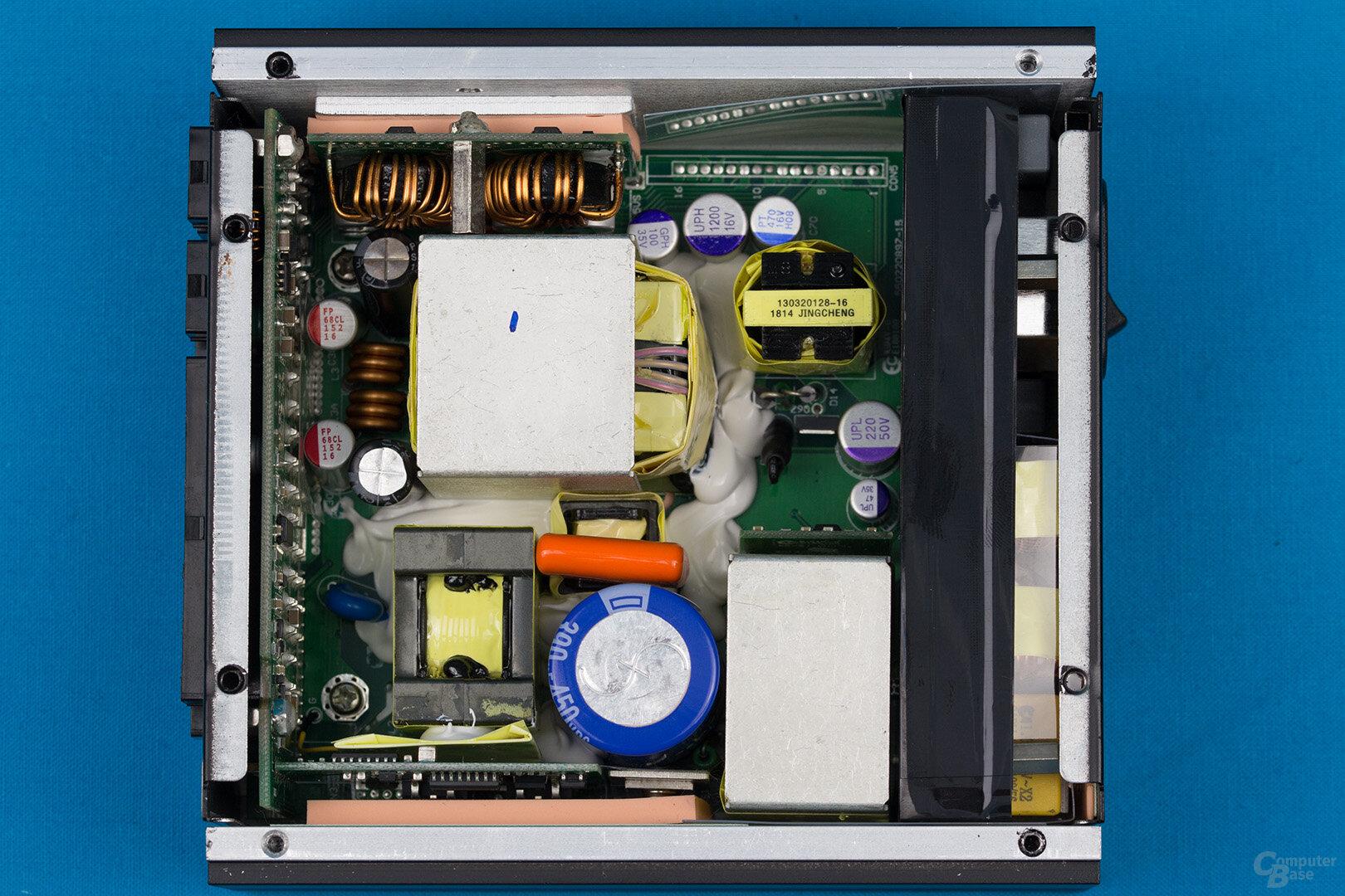 Silverstone Nightjar NJ450-SXL – Übersicht Elektronik