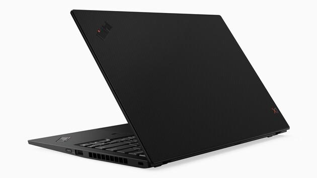 Lenovo: ThinkPad X1 Carbon G7 macht die Kohlefaser sichtbar