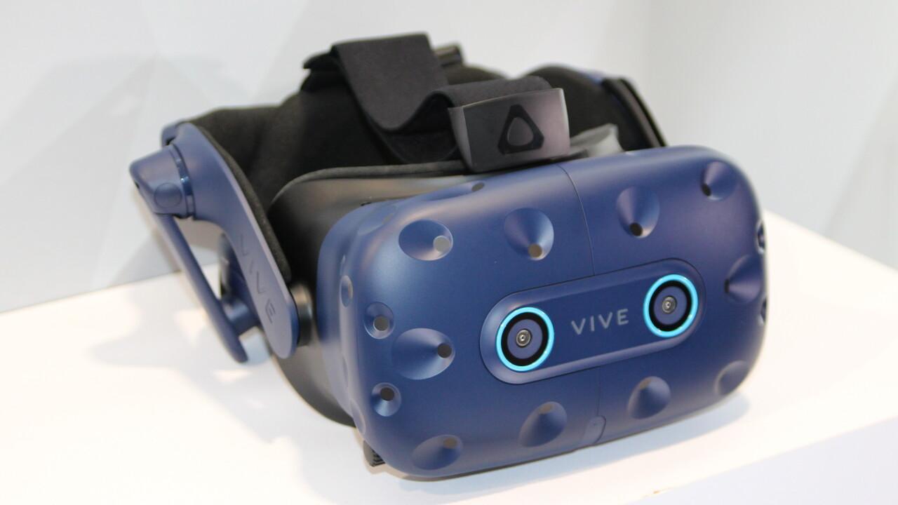 HTC: Vive Pro Eye mit Eyetracking und Vive Cosmos VR-Headset