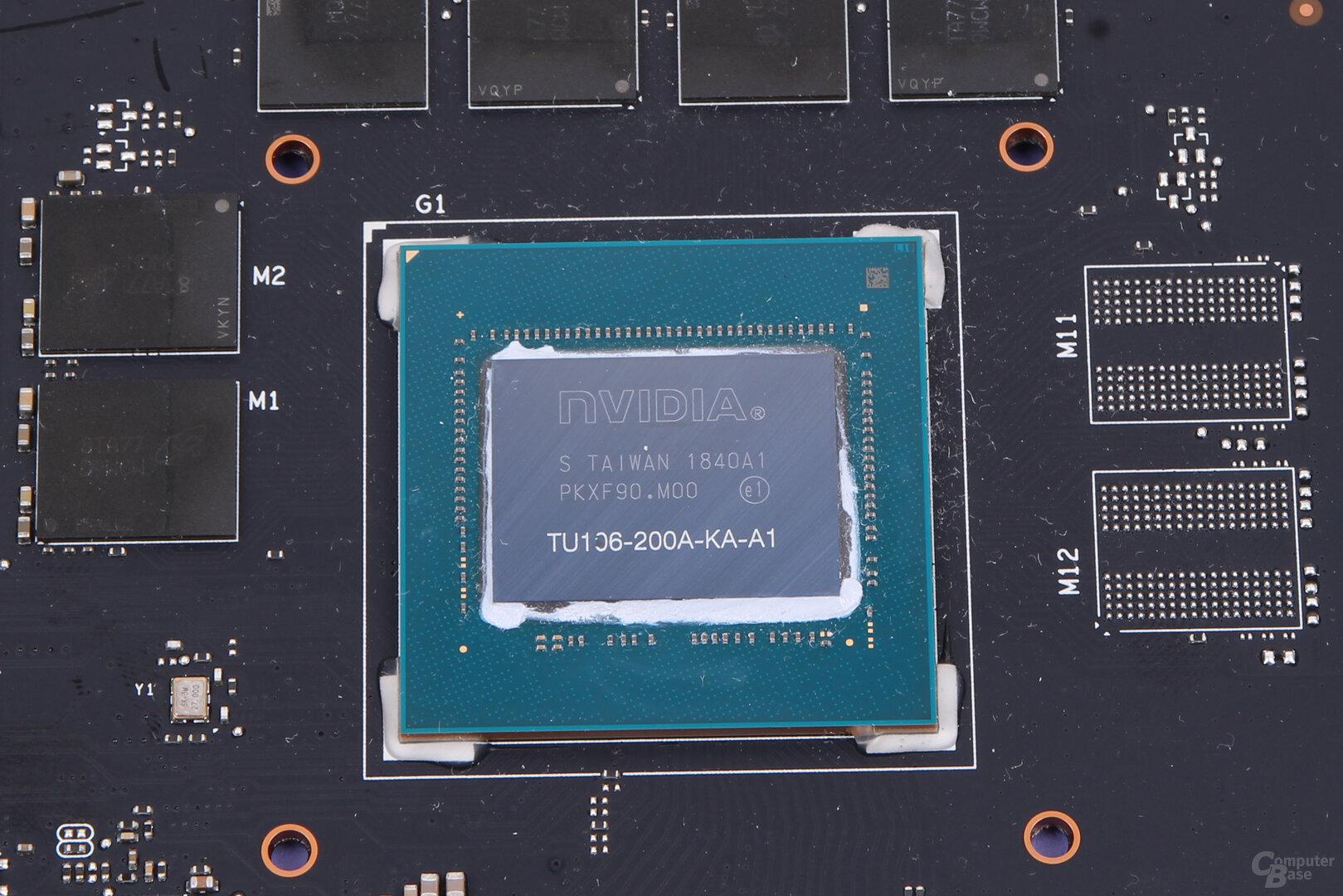 TU106-GPU der Asus GeForce RTX 2060 Strix OC