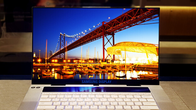 Notebooks: Samsung fertigt OLED-Display mit 4K, HDR und 600 cd/m²