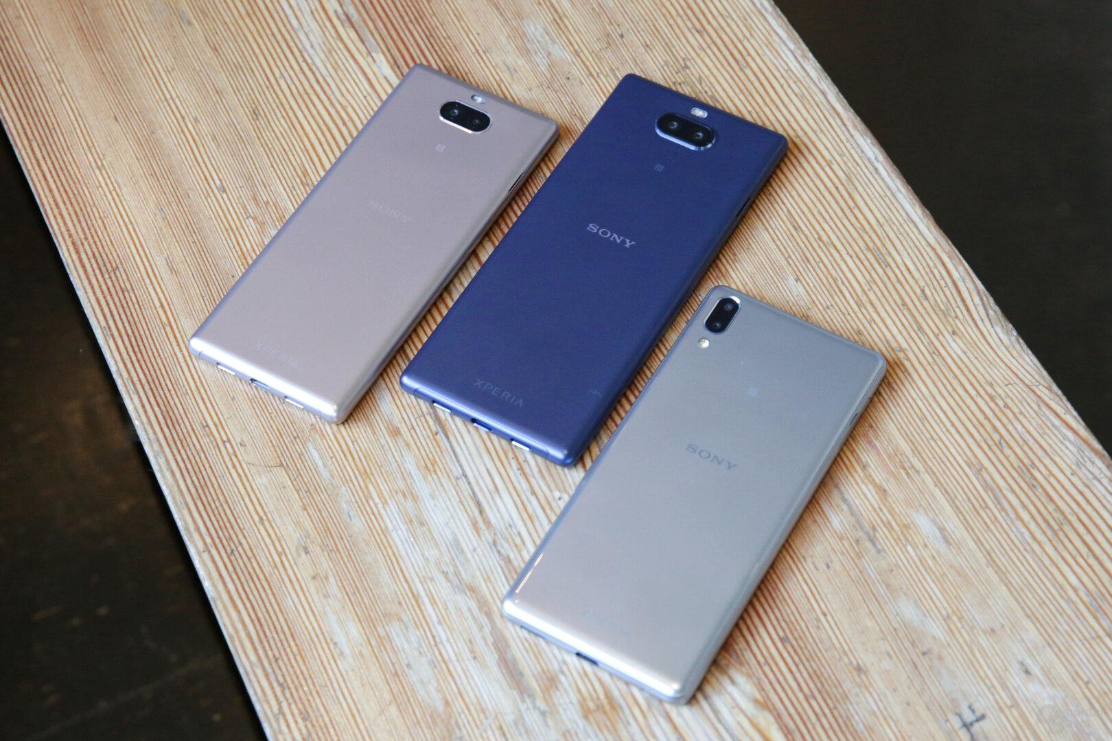 Alle drei Varianten mit Dual-Kamera auf der Rückseite