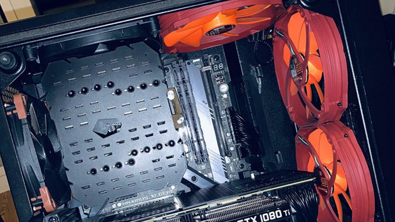 Thermalright HR-22 Plus: Schwarze Neuauflage des Riesenkühlers gesichtet