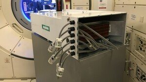 1-TeraFLOPS-Linux-Server: Supercomputer bleibt noch länger auf der ISS