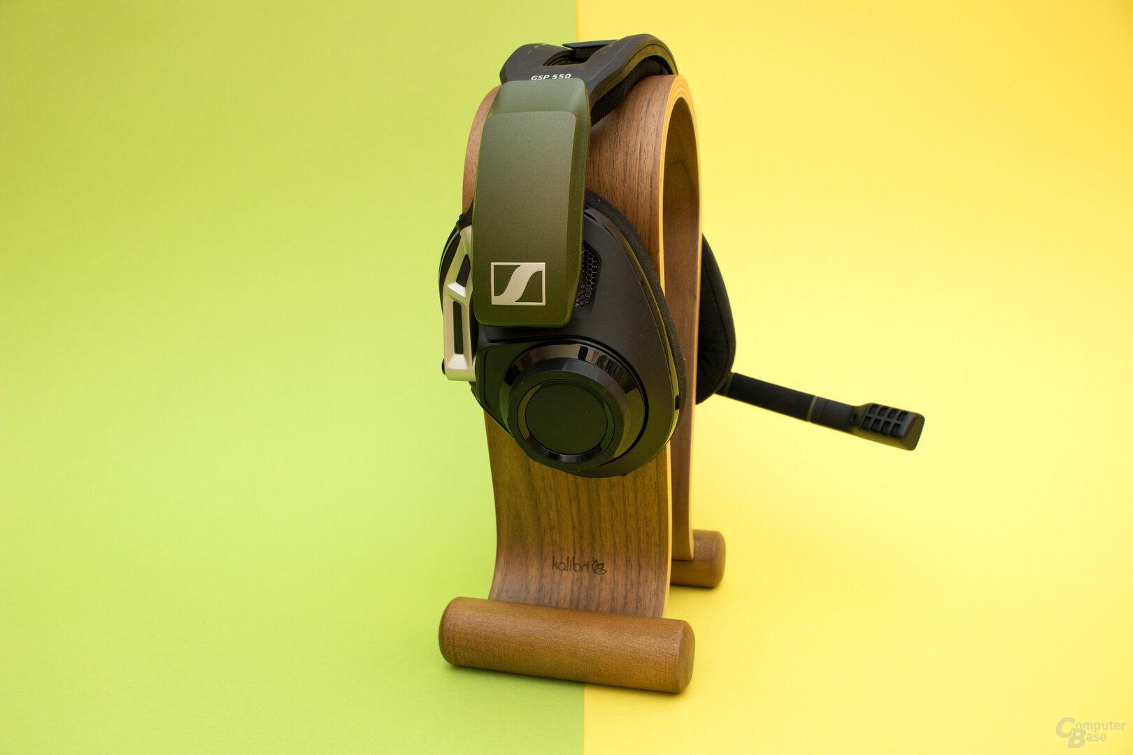 Der Sennheiser GSP 550 unterscheidet sich äußerlich nur farblich vom GSP 500