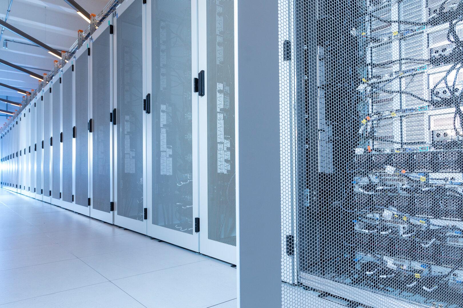 BMW Data Center nördlich von Unterschleißheim