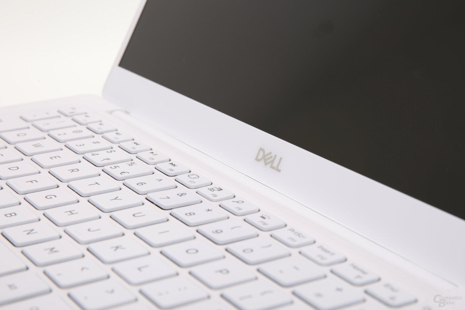 Dell-Logo statt Windows-Hello-Kamera wie noch beim 9370