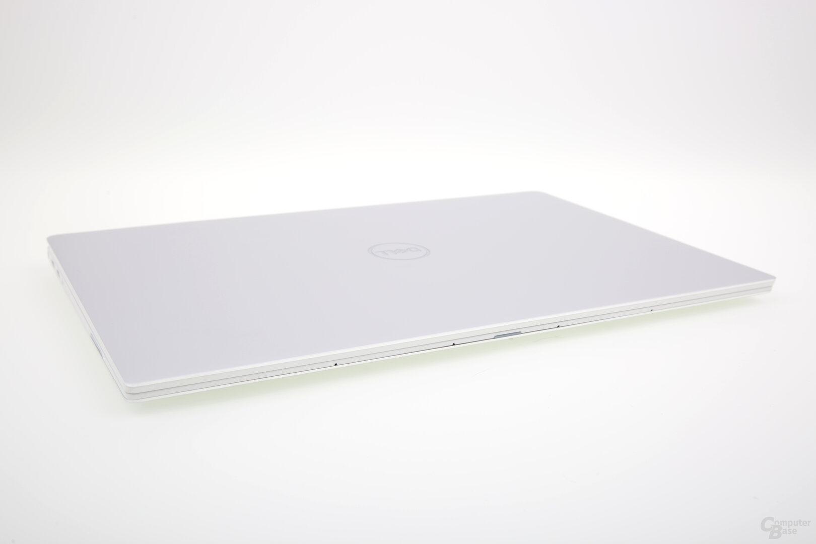 XPS 13 (9380) von vorne mit Mikrofonen für Cortana und Co.