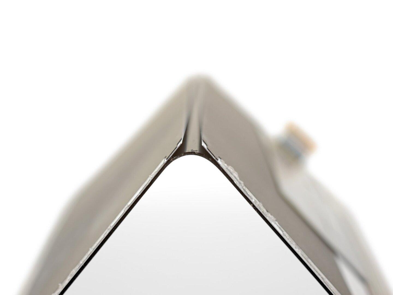 Auf Metalplatten angebrachtes Panel