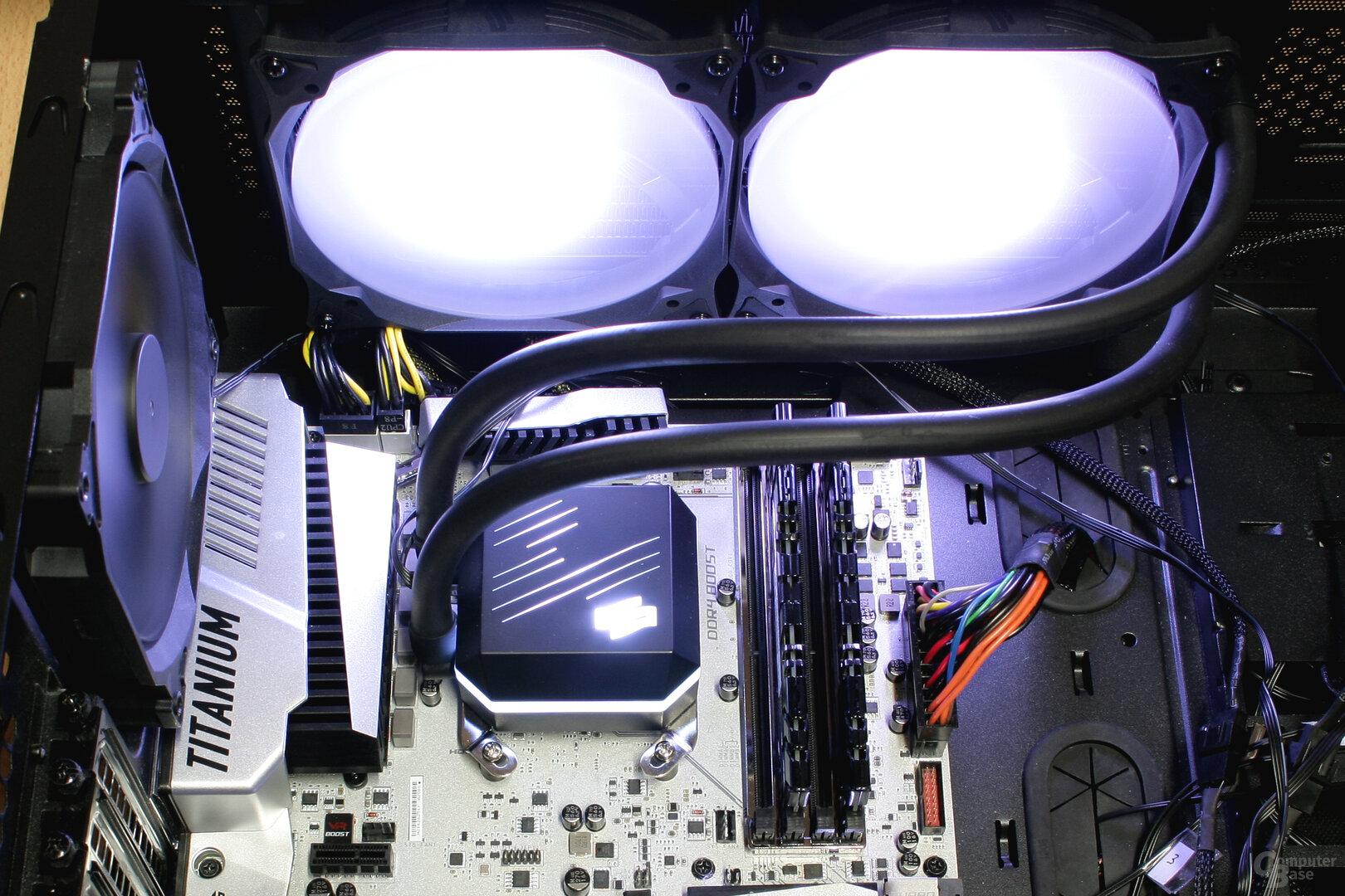 SilentiumPC Navis 280 RGB im Testsystem