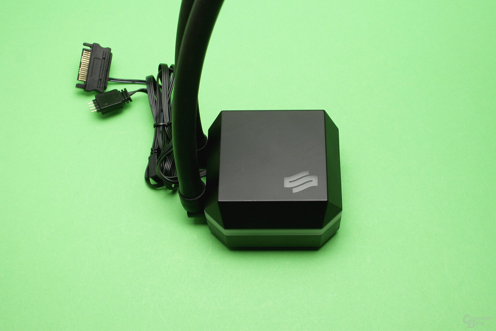 SilentiumPC Navis 280 RGB: Kühler-/Pumpeneinheit