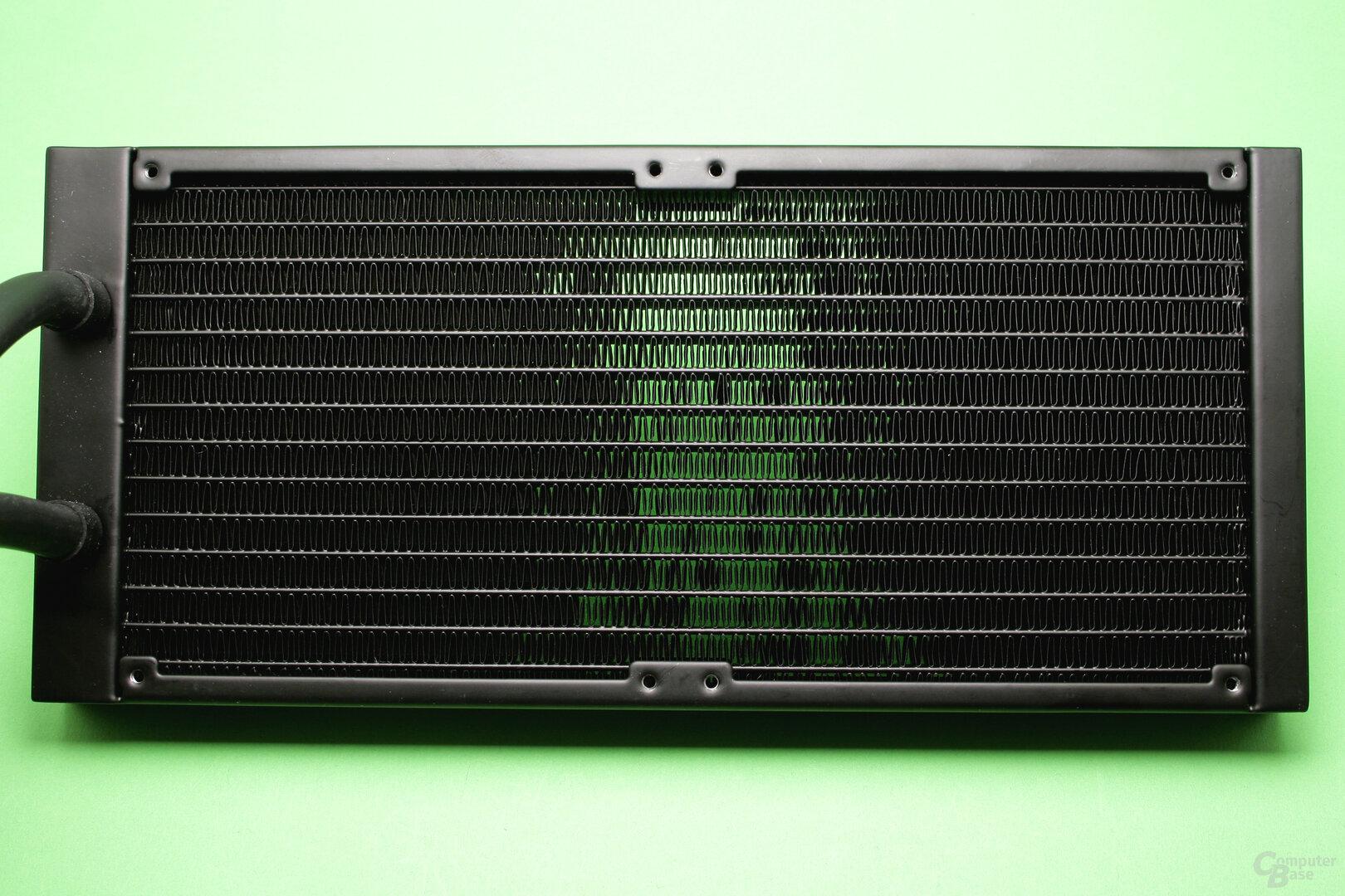 SilentiumPC Navis 280 RGB: Detailaufnahme des Radiators