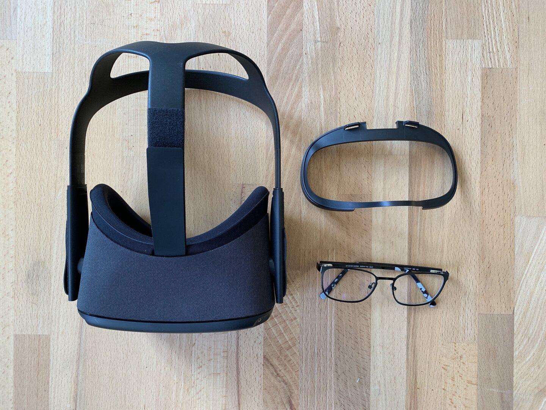 Dank zusätzlichem Abstandhalter sind Brillen kein Problem