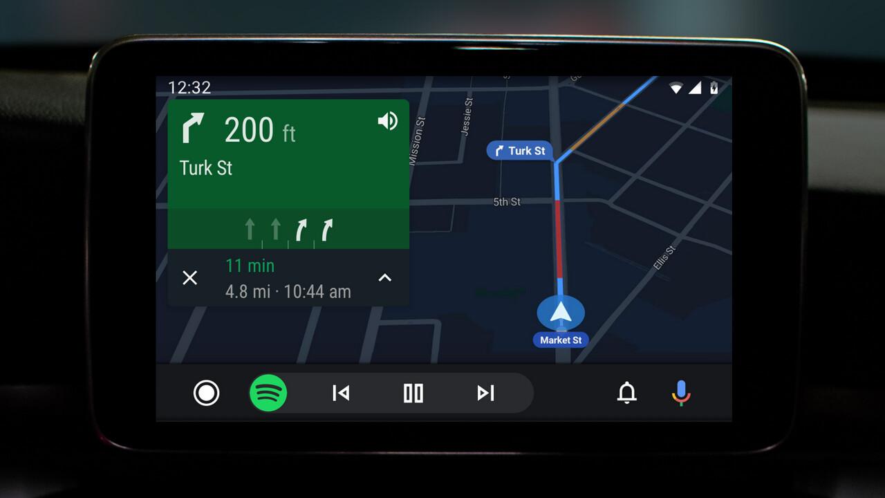 Android Auto: Dunkles Design und neue Bedienung für alle Autos