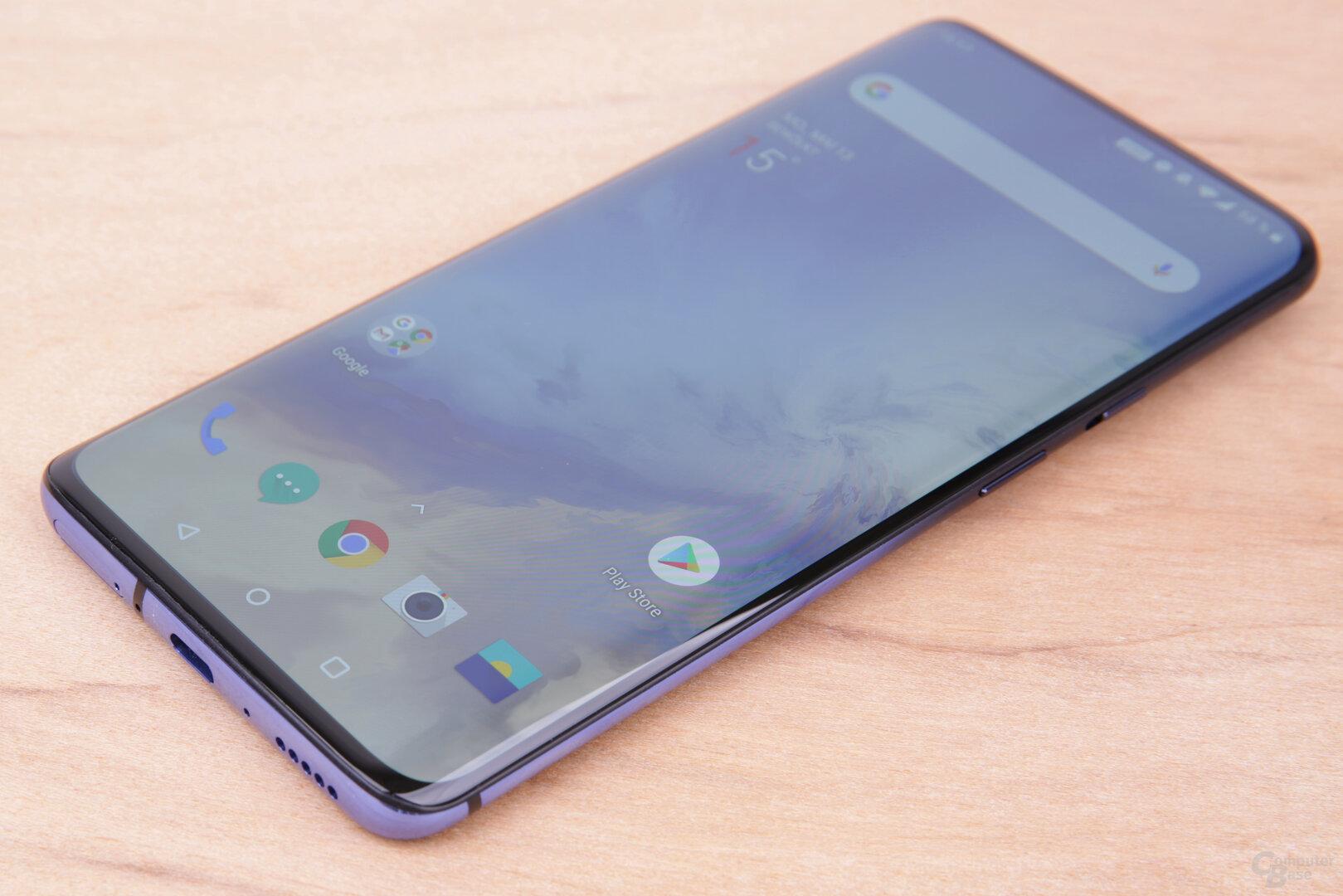 Das Display mit 3.120 × 1.440Pixeln stammt von Samsung