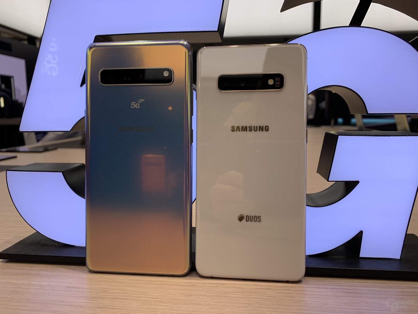 Samsung Galaxy S10 5G (links)