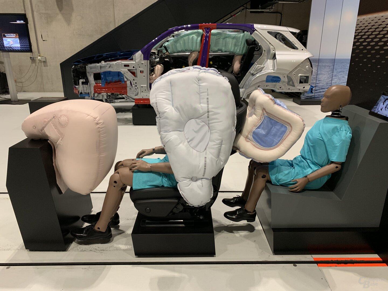 Airbags selbst für die zweite Reihe